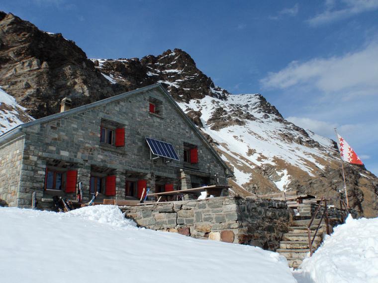 The Schönbiel Hut near Zermatt |Yolanda Carslaw