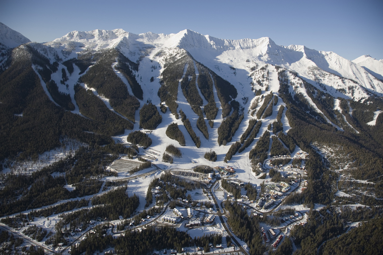 Overall view of Fernie Alpine Resort, BC, Canada | Henry Georgi