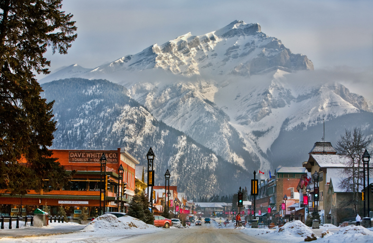 Banff Avenue, with the 3,000m Cascade Mountain behind it |Paul Zizka