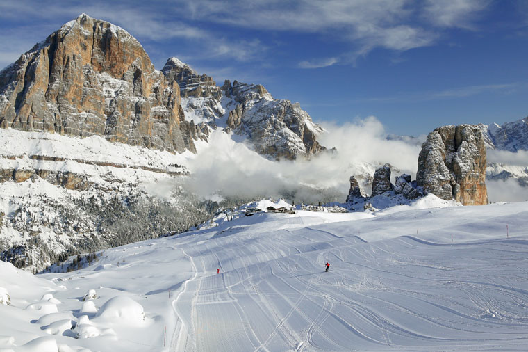 Big peaks and empty pistes in Cinque Torri | Torri Bandion