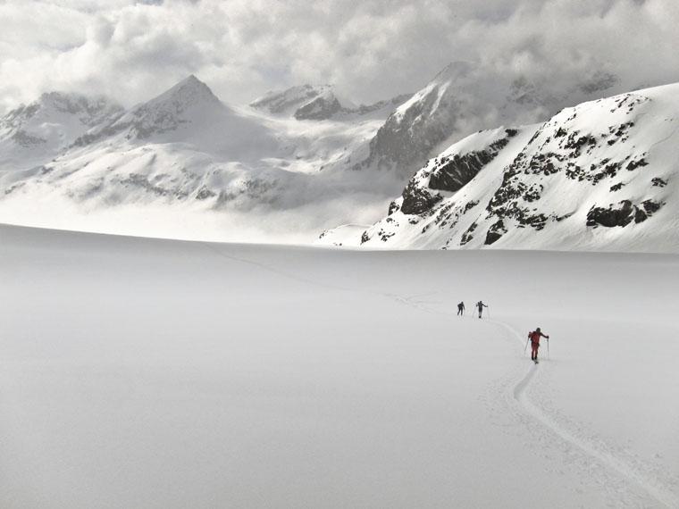Storming up Otemma glacier