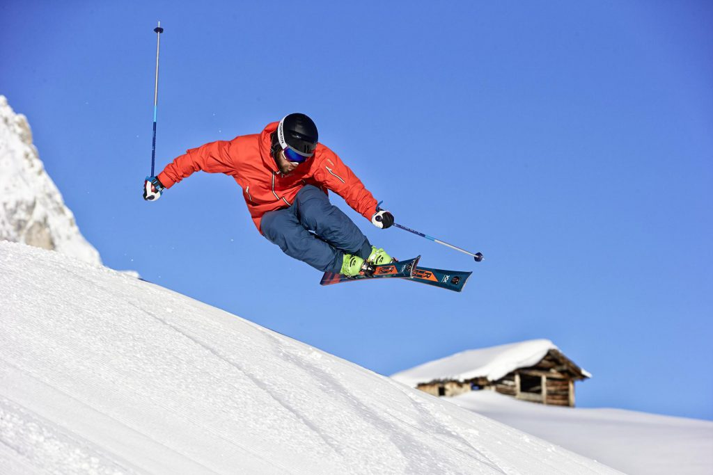 Catching some air on the Völkl RTM 86 all mountain ski