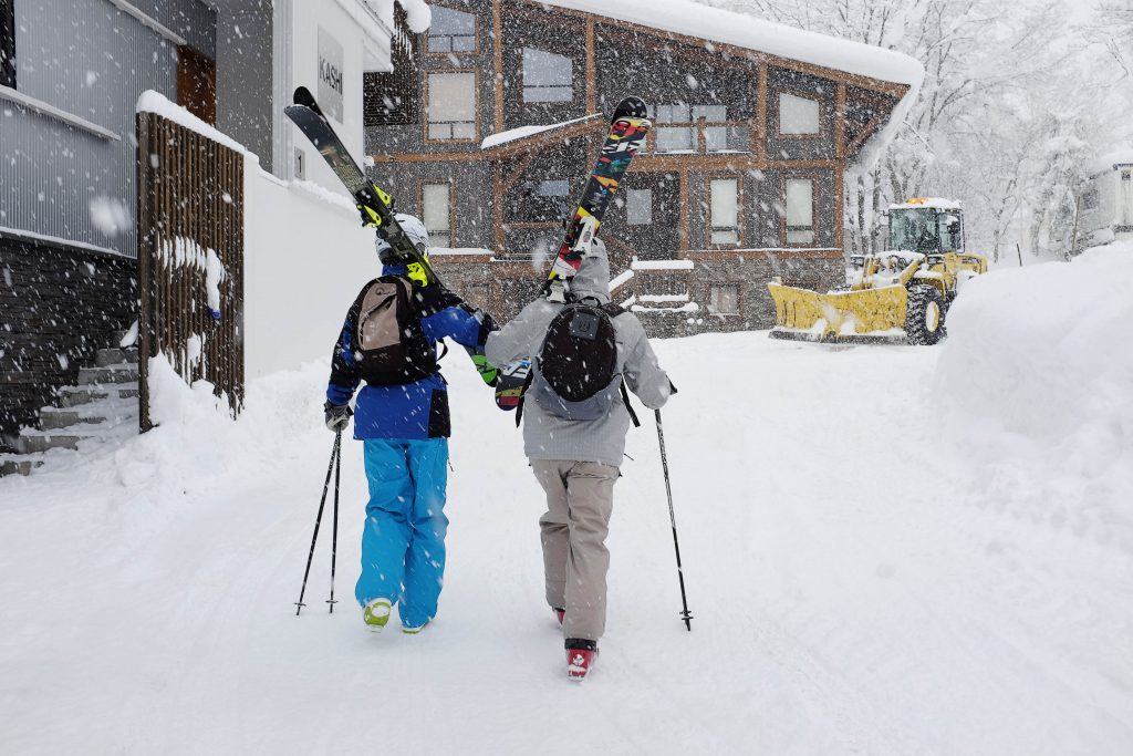 Going skiing on a shoestring budget in Niseko, Japan
