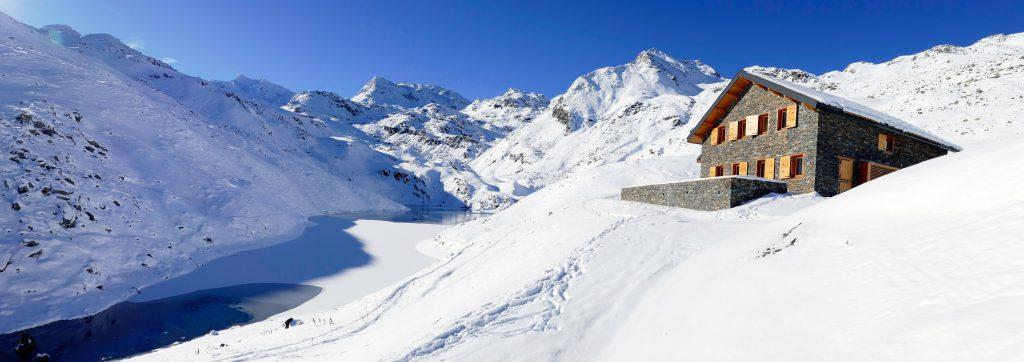 Eco-friendly ski huts