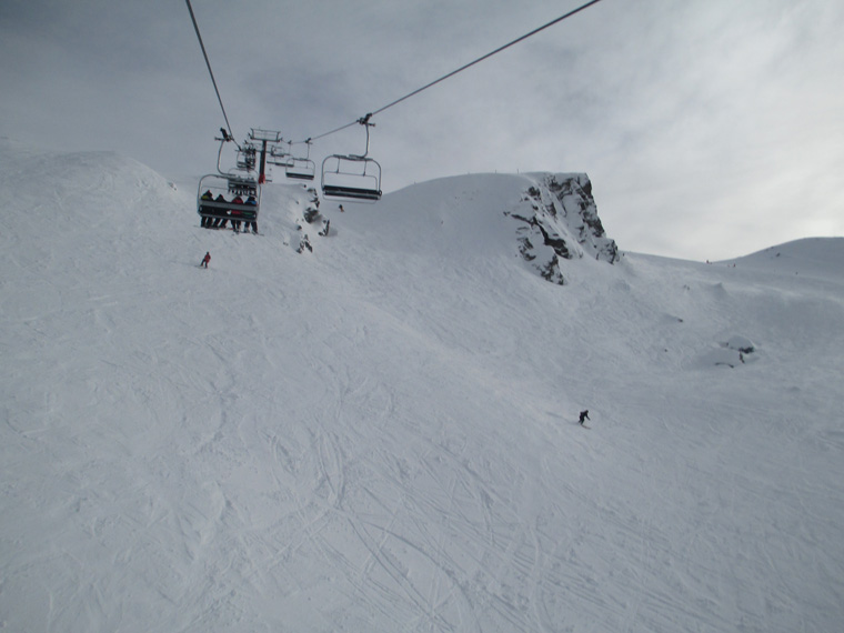 Cardrona offers a healthy smattering of park, freeride and piste offerings
