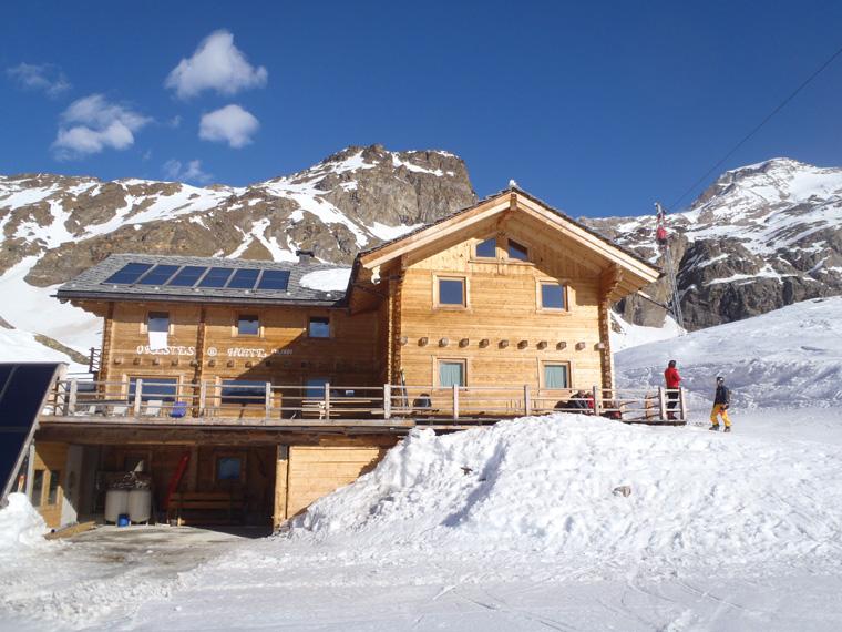 Orestes Hut, Italy
