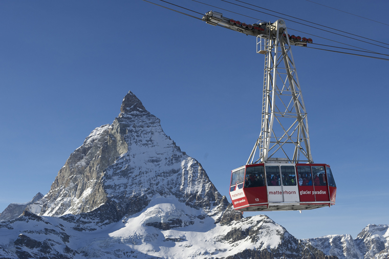 Ski in the shadow of the most photographed mountain in the world | Zermatt Begbahnen / Michael Portmann