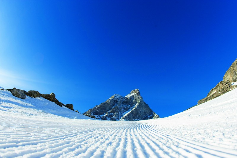 Cervinia and Zermatt's slopes before everyone else does |Cervinia.it