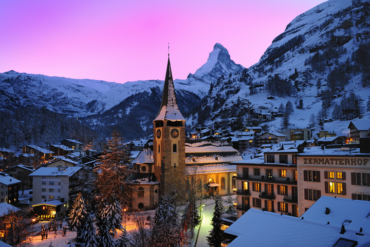 Zermatt twinkles in the twilight|Leander Wenger