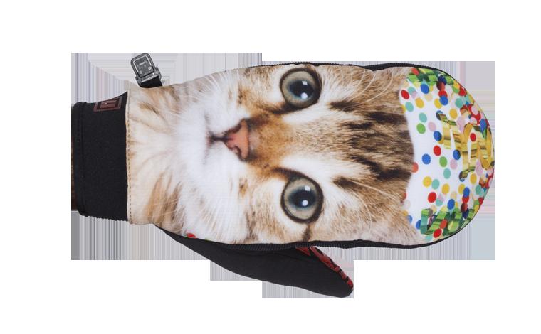 Armada_carmel-windstopper-mitt_kitten