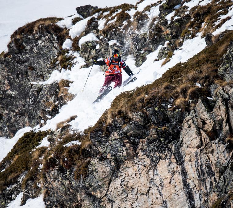 Skiing to victory in Andorra  Freerideworldtour.com / David Carlier