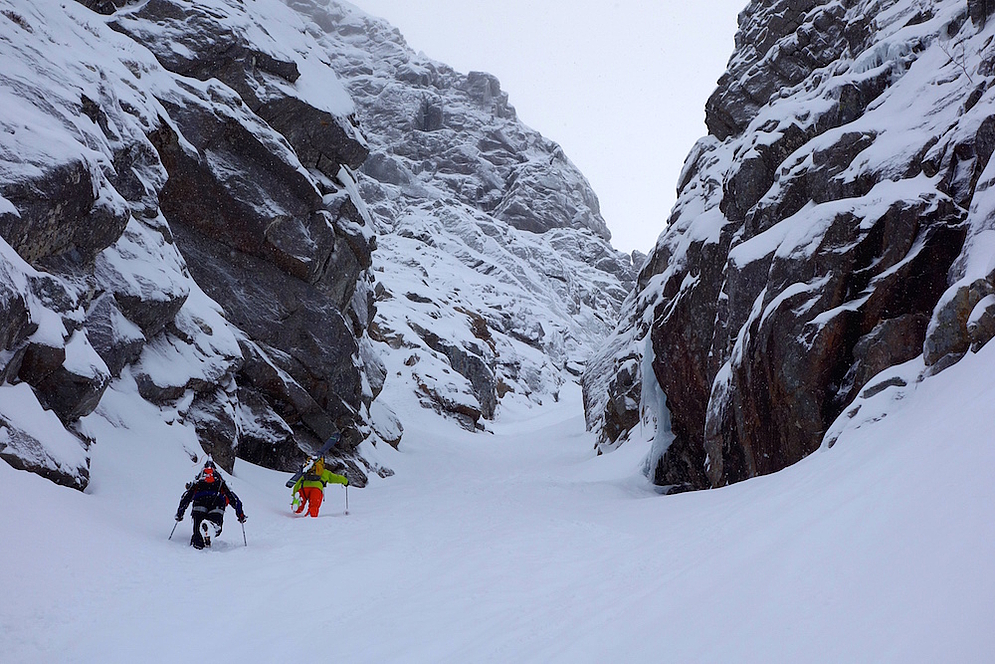 Stian Hagen and Ingrid Backstrom tackle Lofoten's couloirs | Austin Ross