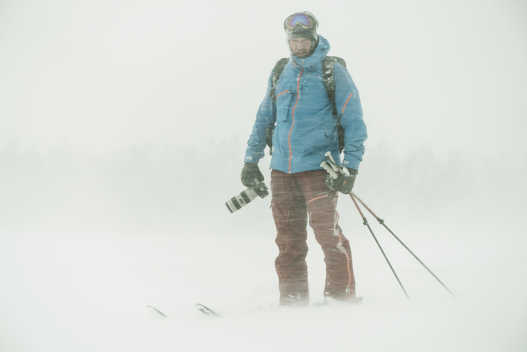 Oskar braves all sorts of weather to snap a good picture|Photo Johan Jonsson