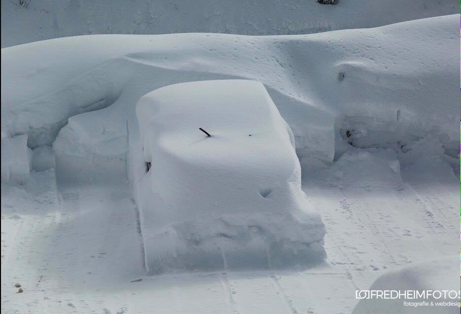 30 inches fell in Arosa |https://www.facebook.com/fredheimfotos/