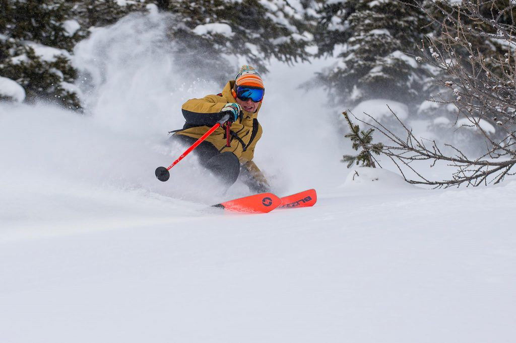 Surfing powder on the 2018 Blizzard Spur ski