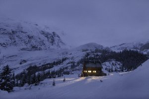 Arc'teryx's 'Hut Life' VR ski experience is set in a backcountry hut in BC, Canada