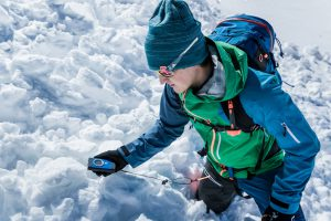 practising avalanche rescue